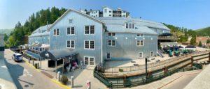 Deadwood Mountain Grand Holiday Inn Overview