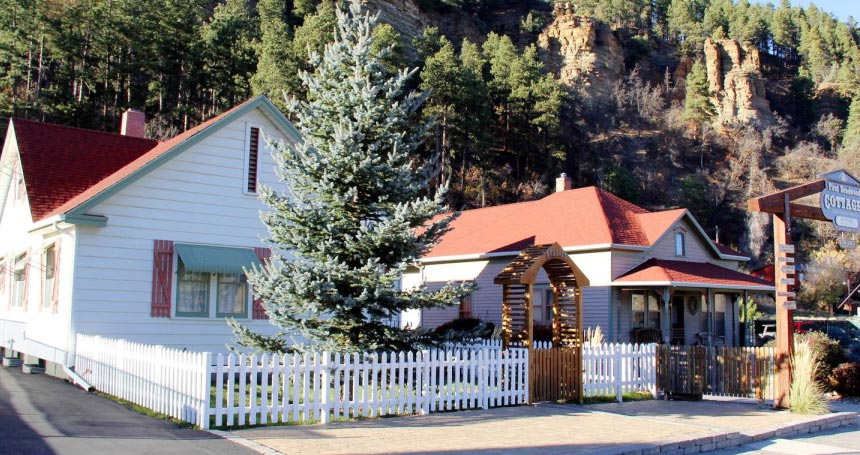 Cabins Condos Lodges Places To Stay Deadwood Sd