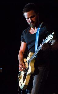 Songwriters Festival Guitarist